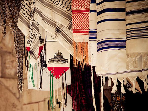 traditsionen-evreiski-piskiul-s-manista-elementi