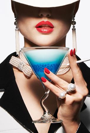 liubimite-perli-klasika-ot-koritsite-na-vogue-paris-14