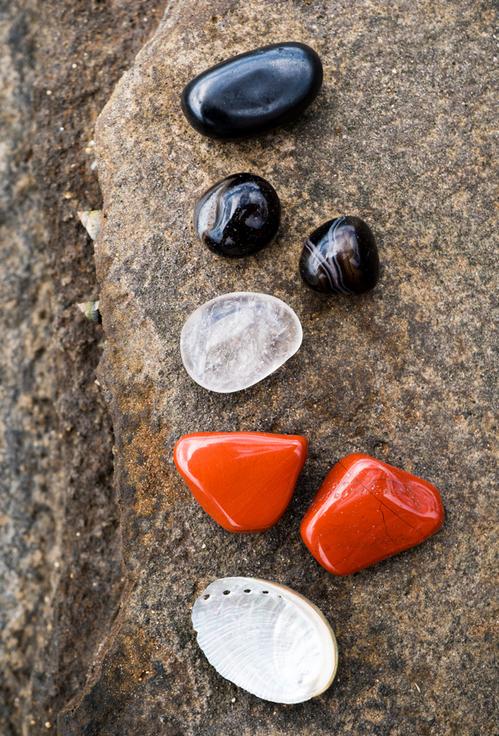 10-dobri-nachina-da-izpolzvame-silata-na-estestveni-minerali