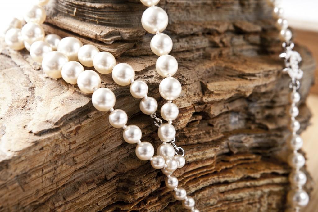 jewelry-420018_1920
